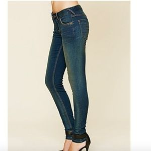 FREE PEOPLE Lightweight Stretch Skinny Jeans 28